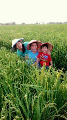 Foto kiriman Erlina  Senangnya menjelajah alam bersama #FotoKeluargaEMCO