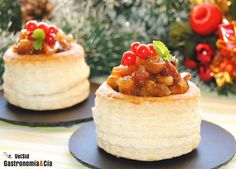 Recetas de canapés fríos para Navidad Christmas Appetizers, Best Appetizers, Christmas Desserts, Appetizer Recipes, Fingers Food, Vol Au Vent, Pizza Bites, Cheesecake, Snacks