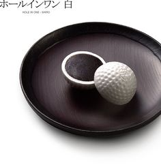 "Japanese sweets named ""HOLE IN ONE"""