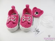 Pink baby shoes baby girl mocassins crochet baby booties