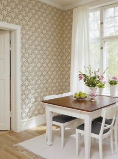 Elsagården from Duro Beautiful Interiors, Beautiful Homes, Other Rooms, Cottage Style, Dining Bench, Home Furniture, Sweet Home, Flooring, Inspiration
