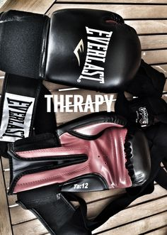 Training for a fight. There are so many things I'm proud of myself at the moment. pushing myself when I feel like I'm dying. Getting the shit beat out of me (literally) and always getting back up. Pushing through injuries. And leaning that Kickboxing Women, Kickboxing Workout, Kickboxing Quotes, Taekwondo, Sport Motivation, Fitness Motivation, Thai Box, Ju Jitsu, Yoga