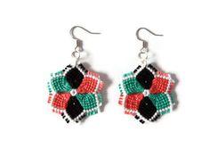 macrame flower fashion jewelry dangle earrings by Kreativprodukte, €10.00