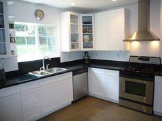 Kitchen Cabinets - L-Shaped Kitchen Layout