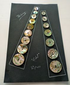ButtonArtMuseum.com - Mother of pearl Vintage Button, Original Card(Set of 16 ). $14.75
