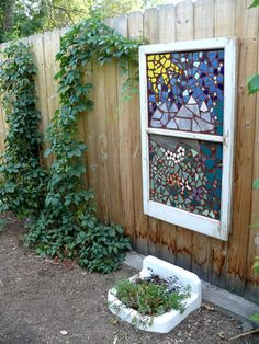 17 Creative Gardening Ideas Using Old Windows - 17 Creative Gardening Ideas Using Old Windows – Garden Lovers Club You are in the right place abou - Diy Garden Projects, Garden Crafts, Garden Ideas, Art Projects, Mosaic Art, Mosaic Glass, Stained Glass, Glass Art, Yard Art