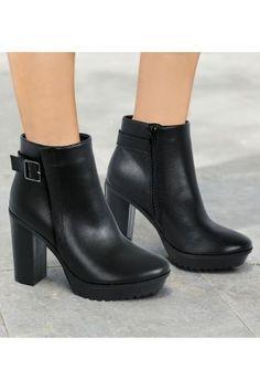 Next Black Heavy Cleat Zip Boots  £50 Size 4