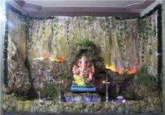 सुखा करता जय मोरया, दुख हरता जय मोरया; कृपा सिन्धु जय मोरया, बूढ़ी विधाता मोरया; गणपति बप्पा मोरया, मंगल मूर्ती मोरया!