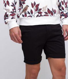 e7027187bd0f Bermuda masculina Modelo  slim Tecido  sarja Marca  Request Composição  97%  algodão
