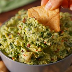 Spinach Artichoke Dip Adding avocado to spinach artichoke dip is seriously life changing.Adding avocado to spinach artichoke dip is seriously life changing. Mexican Food Recipes, Vegetarian Recipes, Cooking Recipes, Healthy Recipes, Sauce Recipes, Snacks Recipes, Potato Recipes, Vegetable Recipes, Easy Recipes