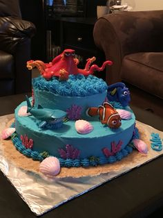 Finding Dory cake
