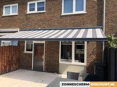 Home Room Design, House Rooms, Garage Doors, Website, Garden, Outdoor Decor, Home Decor, Garten, Lawn And Garden