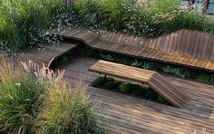 Imagen 3 de 20 de la galería de Deck de piezas de madera genera una azotea habitable sin usar tornillos. Cortesía de J.Roc Design