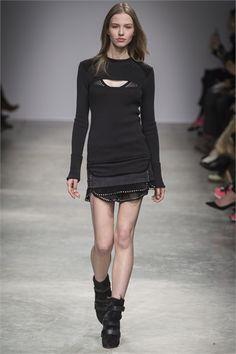 Sfilata Isabel Marant Paris - Collezioni Autunno Inverno 2013-14 - Vogue