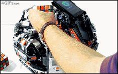 Roboter können Rubik-Würfel lösen.