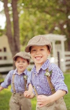 Style Snapshot: Country Kids (checkered, gingham, bearer, country, flower, groom, kids, ring, ringbearer, rustic, farmhouse) — Loverly