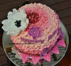 This is a very feminine buttercream frill cake that i made for a very special girlfriend.  To order this cake, enquire at www.facebook.com/BabyBerryC