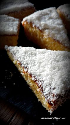 Tres Leches, σιμιγδάλι κι ινδοκάρυδο - mamatsita.com Greek Sweets, Greek Desserts, Greek Recipes, Cake Recipes, Dessert Recipes, Tres Leches Cake, Breakfast Recipes, Food And Drink, Tasty