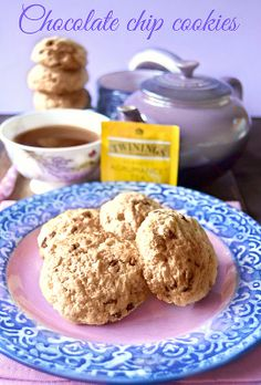http://www.dolciagogo.it/2014/01/tea-time-chocolate-chip-cookies.html