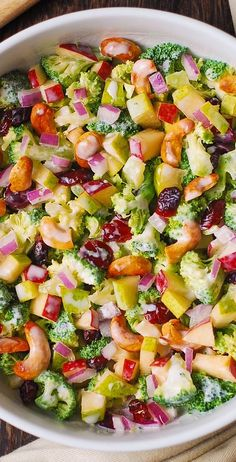 Broccoli, Cashew, Apple and Pear Salad with Cranberries and chopped red onions w. - Broccoli, Cashew, Apple and Pear Salad with Cranberries and chopped red onions with the most delici - Vegetarian Recipes, Cooking Recipes, Healthy Recipes, Apple Salad Recipes, Kefir Recipes, Side Salad Recipes, Vegetarian Appetizers, Appetizer Salads, Pear Salad