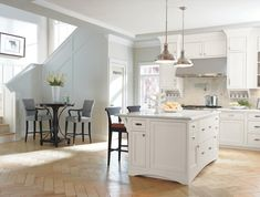 Beaded Inset Cabinets By Decora Add Extra Definition To A Crisply Tailored Room Punctuating The