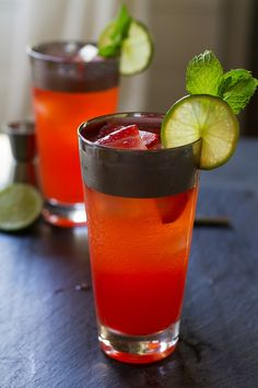 Strawberry Moscow Mule Cocktail | http://saltandwind.com