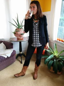 STYLIST: please! Send me this blazer in Large! My mom got one in her fix and I LOVE IT! Tart Kaylie Solid French Terry Blazer- I need this blazer! Navy, black, gray, royal blue!
