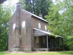 William Richards House: a trading post named for the Irish immigrant who built it in 1805, located at the Oconee Station State Historic Site. www.southcarolinaparks.com