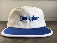 DISNEYLAND Hat Vintage Mickey Mouse Magic Kingdom Painter Style Hat Stretch  USA 084d7765634c