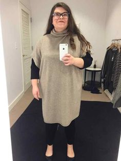 be7050729c7 Size 16 Woman Asks 5 Stylists to Dress Her in  Flattering  Outfits