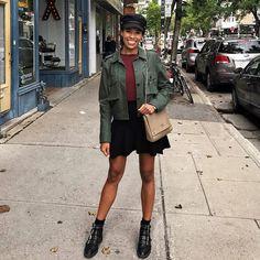 Aujourd'hui notre coup de coeur #lookdujour vient de @jadounetteeeeee avec son look automnal inspirant!  Tu veux toi aussi te retrouver en vedette sur l'accueil du site? Utilise le tag @lookdujour_ca avec le #lookdujour  #lookdujour #ldj #ootd #fall #trendy #streetstyle #trendy #fashionista #modemtl #style #pretty #outfitideas #cestbeau #inspiration #onaime #regram  @jadounetteeeeee