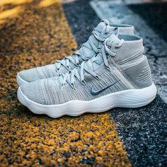 471ef2dd90c8 Nike Hyperdunk 2017 Flyknit  Pale Grey