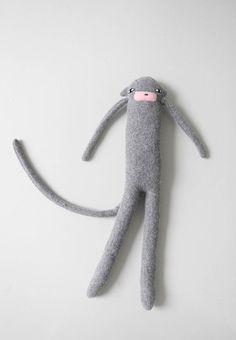 Charlie Monkeyhttps://www.pinterest.com/pomelogrape/dolls-softies-felt-cloth/
