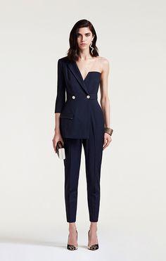 Elisabetta Franchi Fall Winter Fashion Show Winter Fashion Outfits, Look Fashion, Trendy Fashion, High Fashion, Fashion Show, Womens Fashion, Fashion Trends, Parisian Fashion, Fall Fashion