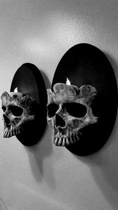 Decor for Halloween Skull Decor, Skull Art, Goth Home Decor, Diy Home Decor, Creepy Home Decor, Arte Peculiar, Gothic Bedroom, Horror Decor, Gothic Furniture