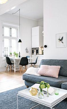 Via NordicDays.nl | White Alvhem Home | HAY | Tom Dixon | Eames