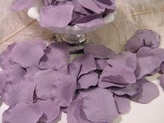 500 Rose Bulk Petals - Artifical Petals - Wisteria Lavender Purple - Wedding Ceremony Decoration - Flower Girl Basket Petals Table Scatter