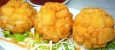 Crispy Shrimp Ball - Delicious Dim Sum When it& time for party and entertaining, crispy shrimp ball is an easy-to-make appetizer. It& deep fried snack made of ground shrimp, crabmeat and water chestnut. This ball shaped food is coated with. Prawn Recipes, Seafood Recipes, Asian Recipes, Cooking Recipes, Asian Foods, Oriental Recipes, Filipino Recipes, Noodle Recipes, Seafood Dishes