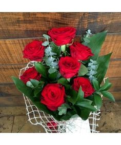 Buchet din 7 trandafiri rosii cu tija lunga Bouquet Box, Red Rose Bouquet, Red Roses, Bouquets, Ale, Boxes, Plants, Crates, Bunch Of Red Roses