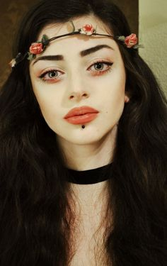 Mila Mortice/ Lunabelle what a felice fawn wannabe