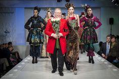 Коллекция Slava Zaitsev, Haute Couture Весна-Лето 2014 http://mary-tur.ru/otechestvennyie-dizayneryi/traditsii-eto-horosho-pokaz-haute-couture-v-dome-modyi-slava-zaitsev/