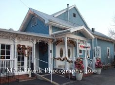 The Blue Owl Restaurant & Bakery, Kimmswick MO, not far from St. Louis MO.  Excellent homemade food!  Paula Dean has been here.  It's been on the Today show and O magazine.  Cute little town too!