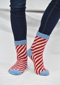 Tekstiiliteollisuus - teetee Pallas Knitting Socks, Knitting Ideas, Boot Cuffs, Free Pattern, Boots, Shopping, Crafts, Design, Fashion