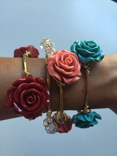 How cute are these flower bangles from #WineAndWires? only $18