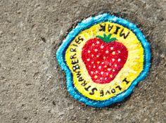 Ben Wilson erre dans les rues de Londres à la recherche de chewing-gum écrasés sur le bitume afin de cr éer son art é trange…