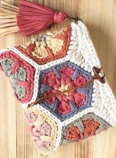 Cute Crochet Free Bag Pattern Design Ideas and Images - Daily Crochet! - Cute Crochet Free Bag Pattern Design Ideas and Images – Daily Crochet! Cute Crochet Free Bag Pattern Design Ideas and Images – Daily Crochet! Cute Crochet, Crochet Crafts, Crochet Projects, Knit Crochet, Diy Projects, Design Projects, Crochet Shawl, Project Ideas, Love Knitting