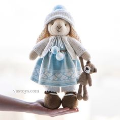 Knitted Doll Patterns, Animal Knitting Patterns, Knitted Dolls, Crochet Dolls, Crochet Patterns, Knitted Bunnies, Knitted Animals, Knitting Projects, Crochet Projects