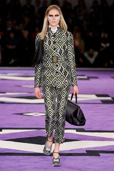 The A/W collections from Miu Miu and Prada pay tribute to the 70s with geometric prints, sharp cuts and tailored silhouettes