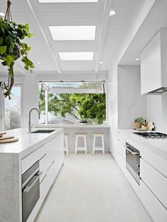 Kitchen Design Inspiration for Your Beautiful Home Browse through our incredible collection of luxury kitchen designs ideas and pictures. The post Kitchen Design Inspiration for Your Beautiful Home appeared first on Design Diy. Luxury Kitchen Design, Luxury Kitchens, Interior Design Kitchen, Cool Kitchens, Kitchen Designs, Modern Kitchens, Small Kitchens, Beautiful Kitchens, Simple Kitchen Design