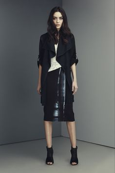 Elie Tahari Pre-Fall 2015 Collection Photos - Vogue